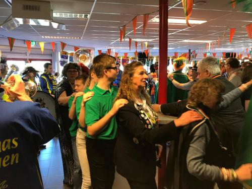 Gehandicapten carnaval bij C.v. de Damzwabbers